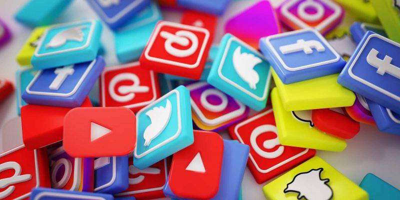 intelli-social-media